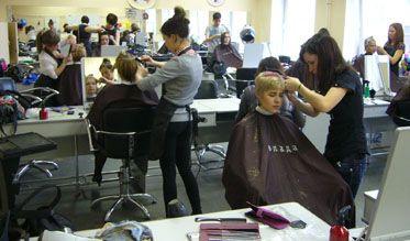 Конкурс «Модная женская стрижка— 2012» среди учащихся
